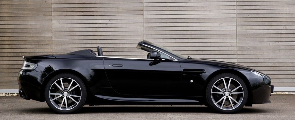 location aston martin v8 roadster cannes nice monaco saint tropez. Black Bedroom Furniture Sets. Home Design Ideas